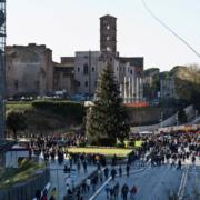 Bij het Colosseum